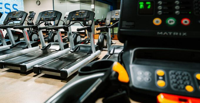 Treadmill vs. Elliptical – Which is better?